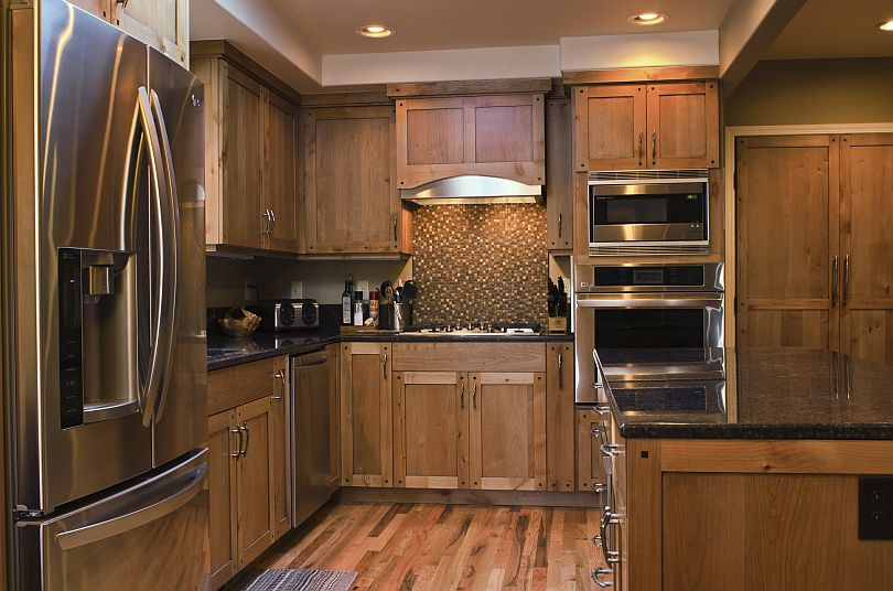 Cabinetry custom furniture and cabinetry in boise idaho for Alder kitchen cabinets